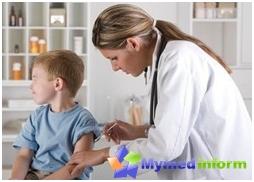 За активну имунизацију херпеса и богиња у иностранству такође користе специфичан ослабљени вакцину