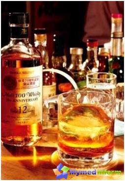 alcoolisme, dépendance à l'alcool, la consommation excessive, les boissons alcoolisées
