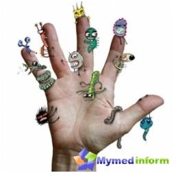 brudne ręce, choroby wieku dziecięcego, infekcje, choroby jelit, zakażenia rotawirusem