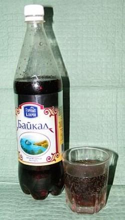 les médicaments, le ginseng de Sibérie, le ton, la fatigue, Eleutherococcus
