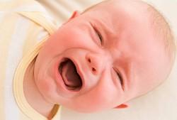 dor abdominal, cólicas, cólica na, bebê, cuidados com recém-nascido