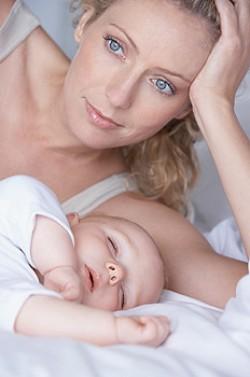 бол у стомаку, грчеви, грчеви у новорођеног, бебе, брига о деци