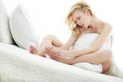 kurcze nóg, skurcze mięśni nóg, ćwiczenia na nogi, pielęgnacja stóp