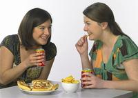 O impacto nocivo de fast food na saúde humana /