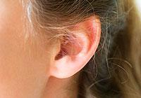 ruído na cabeça e orelhas