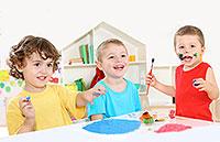 Os sintomas de deficiência de vitamina em crianças