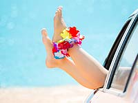 Tips Phlebology. How to support the health of the feet in the summer heat