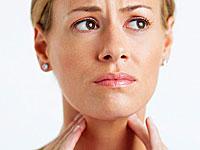 Hvordan kontakte en sår hals og dårlig ånde
