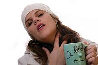 zapalenie migdałków lub zapalenie gardła