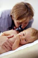 oren pijn otitis media bij kinderen