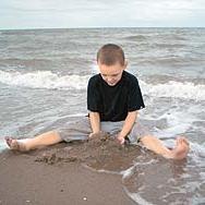 Аутизам: Време је да препозна и притећи у помоћ