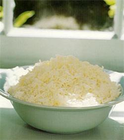 Één van de snelle diëten biedt 3 dagen op rij is er alleen gekookte rijst (zonder zout en suiker)