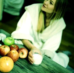 Kefir-fruit diet