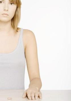Por lo general, que usted carece de vitaminas, informe a la piel, cabello, uñas