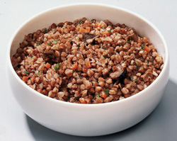 A glass of buckwheat pour two cups of boiling water and leave to infuse at night