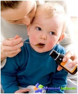 يشرب الأطفال الطب