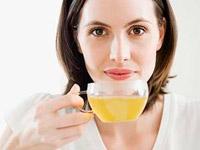 Statt Medizin natürlicher grüner Tee bei vielen Krankheiten