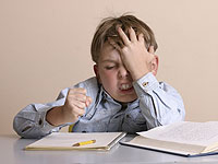 8 نصيحة عملية للآباء والأمهات مع ADHD