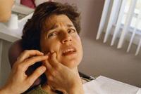 إزالة الأسنان دون ألم وإصابات