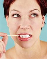 نقرأ المرض في الأسنان
